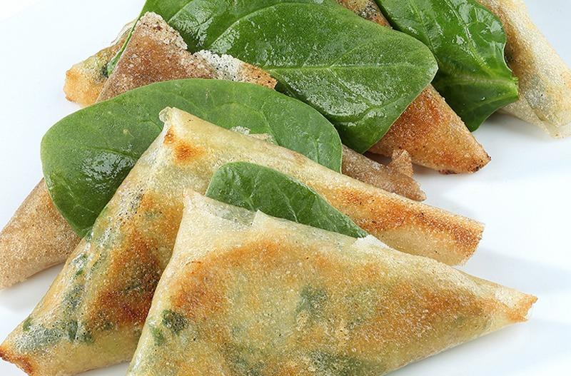 Samossas de Rillettes de Poulet aux Citrons Confits et Olives
